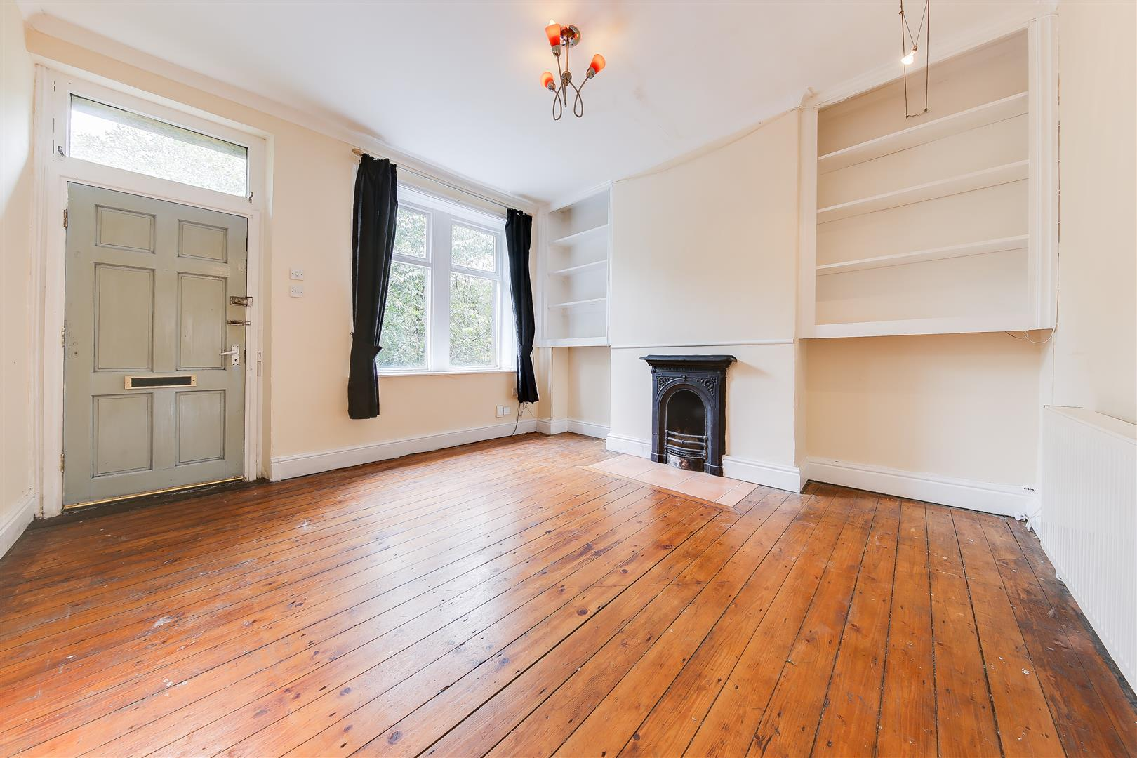 2 Bedrooms Terraced House for sale in Gaghills Terrace, Waterfoot, Rossendale